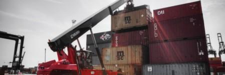 Kalmar delivers range of cargo-handling equipment to Hamad Port, Qatar