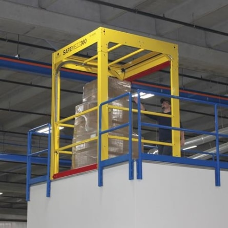PS Doors launch mezzanine safety gate and its new Loading Dock Safety Gate at this year's ProMat