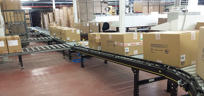 Interroll modular conveyor platform implemented for Paul & Shark automated warehouse.