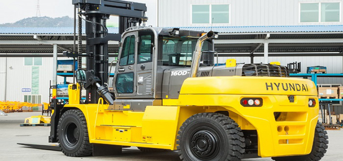Hyundai expand its forklift range with the new powerful 160D-9L heavy-line forklift.