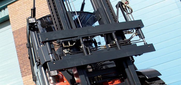 PowerMount the Quick Release System to Interchange Forklift Attachments .