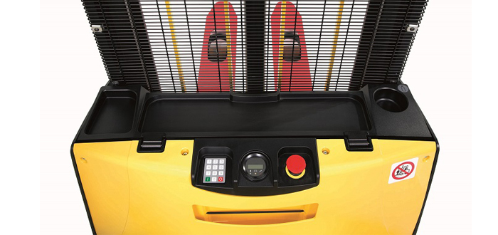New Compact Stackers for storing, transporting , picking and stacking in tight areas.