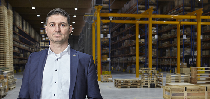 Hyundai Construction Equipment: reaching Europe through Flanders.