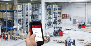 Available right on cue: the Linde Truck Call app.