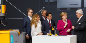 Chancellor's tour: Angela Merkel visits Jungheinrich at Hanover Messe/CeMAT.