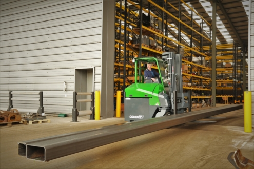 This image has an empty alt attribute; its file name is Liz-Combilift-CBE4-4-495x330.jpg